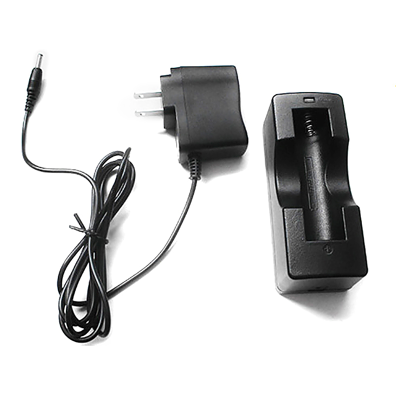 LED Flashlight 1000LM XM-L T6 LED Torch Zoomable llight with Dock Charger + Battery + Car Charger