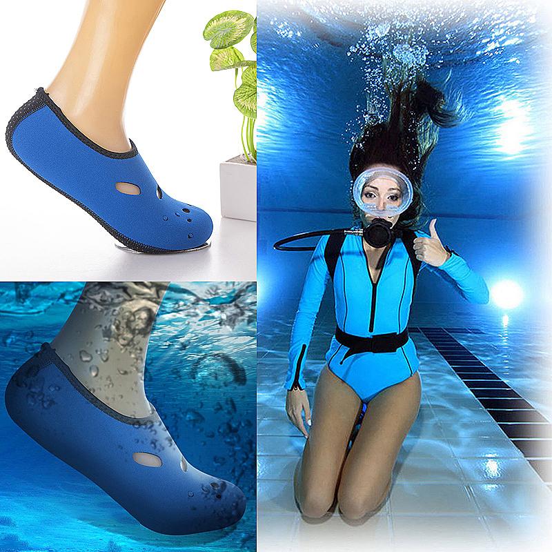 Water Sports Snorkeling Socks 3mm Neoprene Diving Scuba Surfing Swimming Socks Size L - Blue