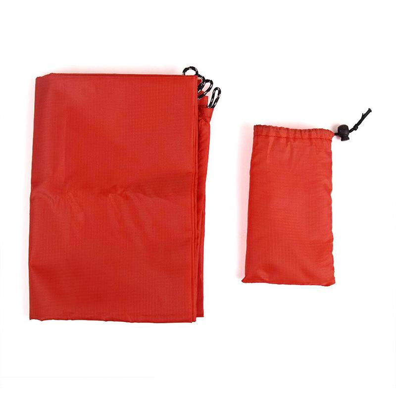 1.4x2M Waterproof Portable Outdoor Folding Picnic Mat Camping Mattress Beach Mat - Red