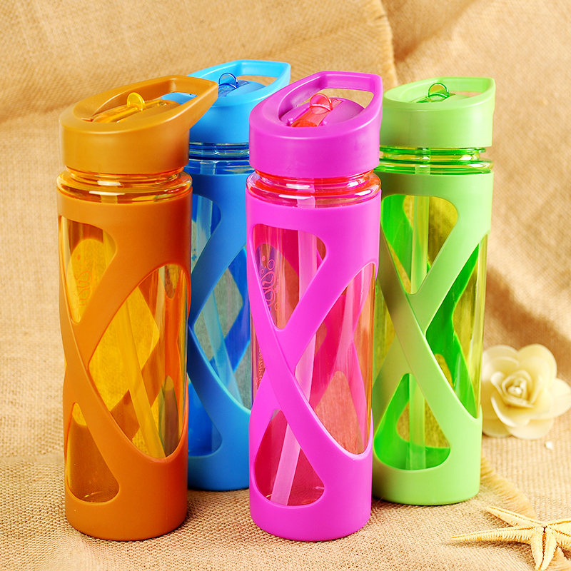 580ML Sports Flip Straw Drinking Water Bottle Sealed Leak-proof Straw Space Bottle with Silicone Sleeve - Yellow